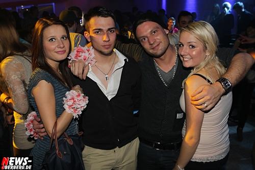 2012_10_13_yellow_1-euro-party_03.jpg