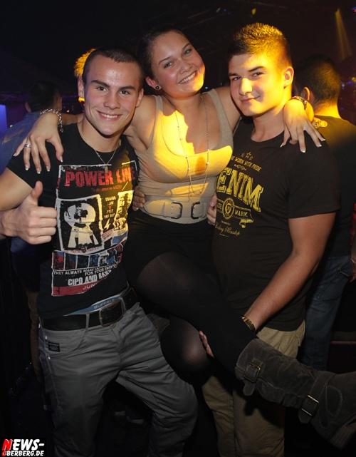 2012_10_13_yellow_1-euro-party_06.jpg