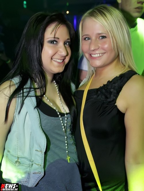 yellow_sponsor-night_ntoi_2012_10-20_10.jpg