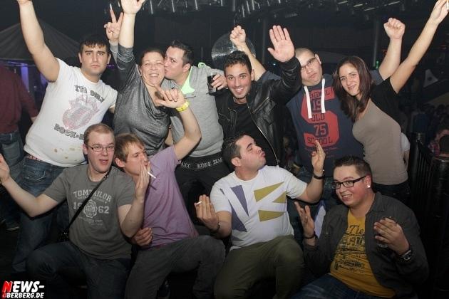 ntoi_yellow_inventur-party_28.jpg