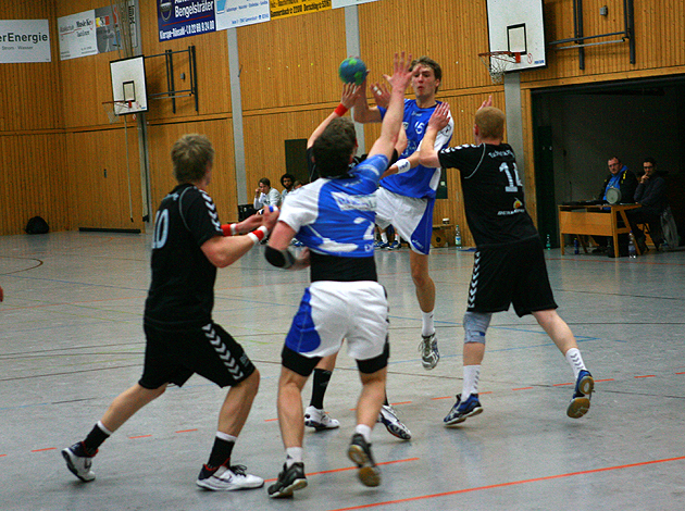 ntoi_tus_derschlag_handball_2013_01_19_04