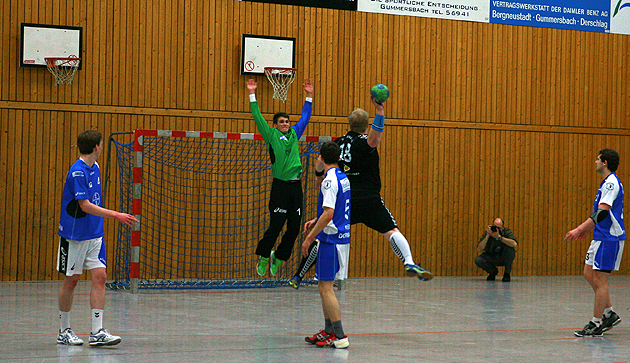 ntoi_tus_derschlag_handball_2013_01_19_06