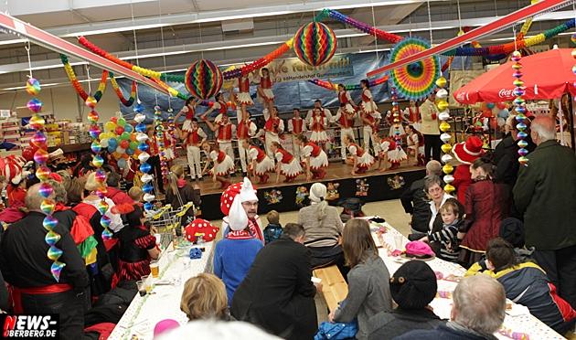 sb-handelshof-gummersbach_ntoi_2013_tollitaeten-treff_karneval_02