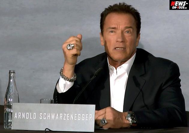 Arnold Schwarzenegger (65) besuchte den Kölner Dom