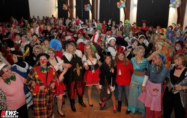 ntoi_bergneustadt_karneval_2013_weiberfastnacht_krawinkelsaal_12
