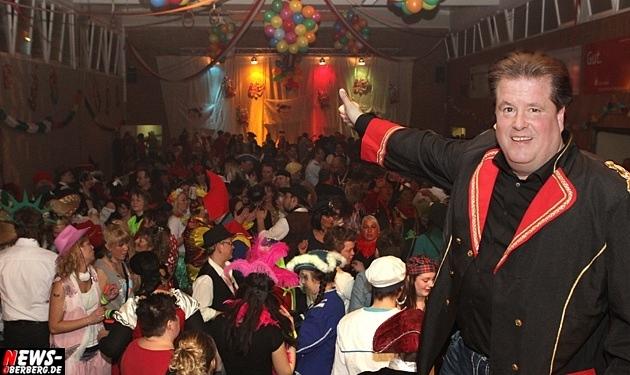 ntoi_rebbelroth_karneval_mehrzweckhalle_dj-roland-reh_06