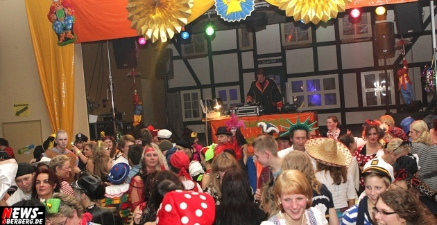 ntoi_rebbelroth_karneval_mehrzweckhalle_dj-roland-reh_17