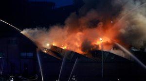 Reichshof: Feuerteufel scheint überführt! Täter soll Feuerwehrmitglied sein. Über 400.000 Euro Schaden