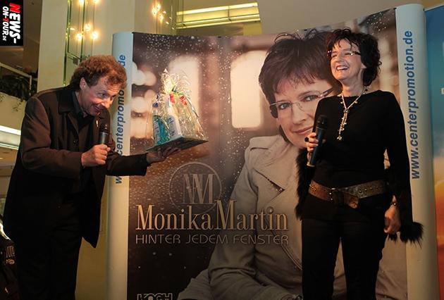 monika-martin_ntoi_ekz_gummersbach_hinter-jedem-fenster_07