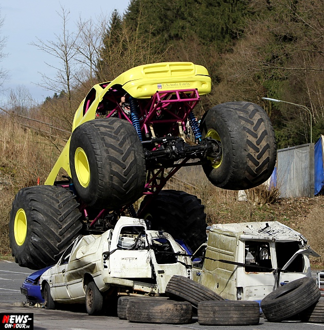 traber-brothers-monster-truck-stunt-show_ntoi_01
