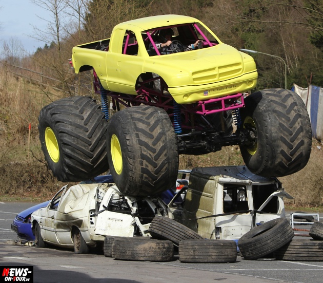 traber-brothers-monster-truck-stunt-show_ntoi_14