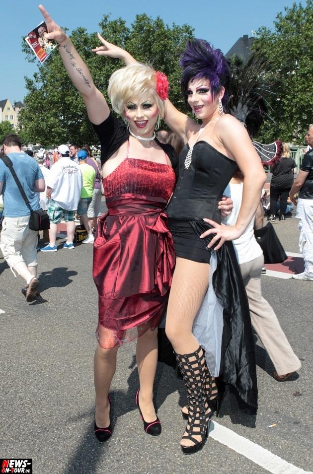 csd-2013_colognepride_koeln_deutzer-bruecke_ntoi_klust_gay_lesbian_parade_18