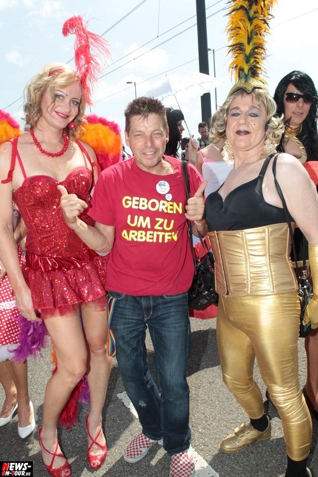 csd-2013_colognepride_koeln_deutzer-bruecke_ntoi_klust_gay_lesbian_parade_25