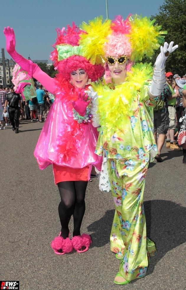 csd-2013_colognepride_koeln_deutzer-bruecke_ntoi_klust_gay_lesbian_parade_34