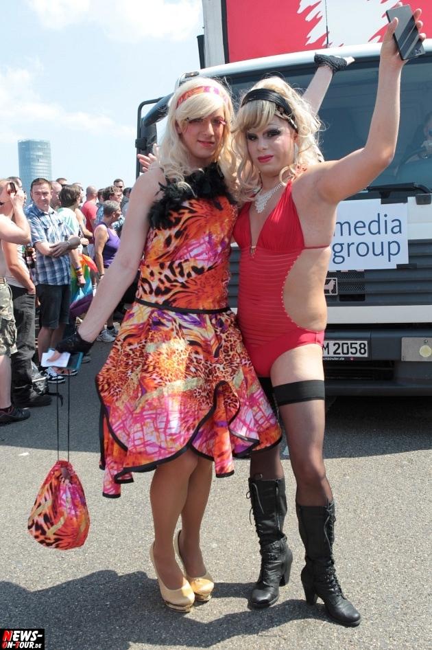 csd-2013_colognepride_koeln_deutzer-bruecke_ntoi_klust_gay_lesbian_parade_36