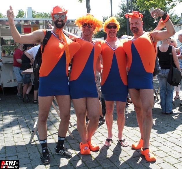 csd-2013_colognepride_koeln_deutzer-bruecke_ntoi_klust_gay_lesbian_parade_46