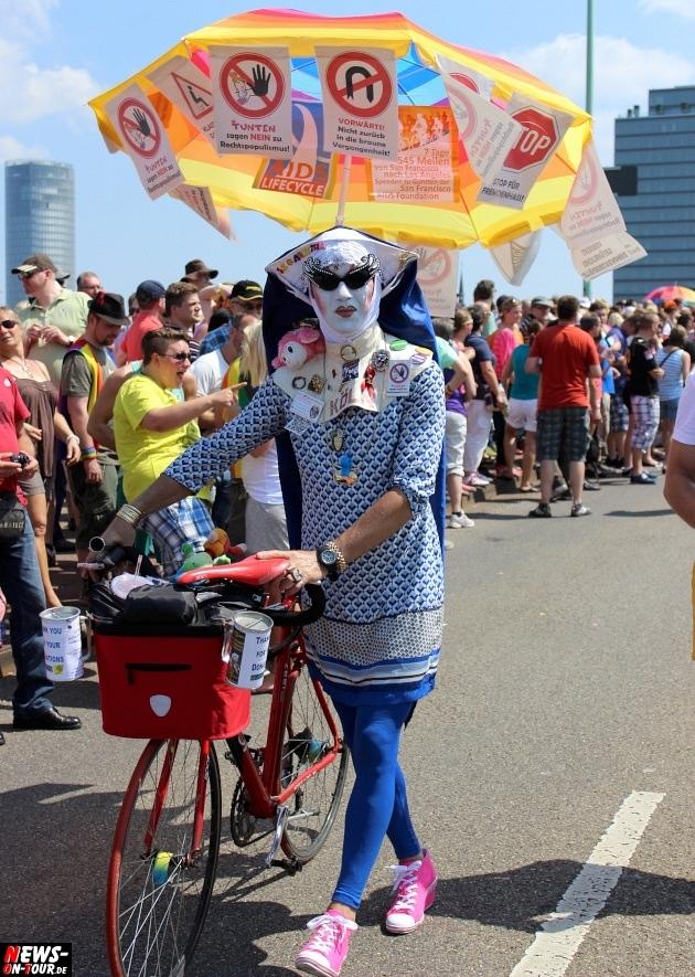 csd-2013_colognepride_koeln_deutzer-bruecke_ntoi_klust_gay_lesbian_parade_47
