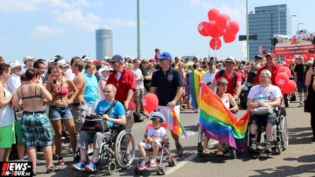 csd-2013_colognepride_koeln_deutzer-bruecke_ntoi_klust_gay_lesbian_parade_51