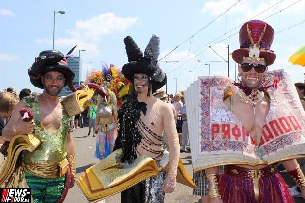 csd-2013_colognepride_koeln_deutzer-bruecke_ntoi_klust_gay_lesbian_parade_64