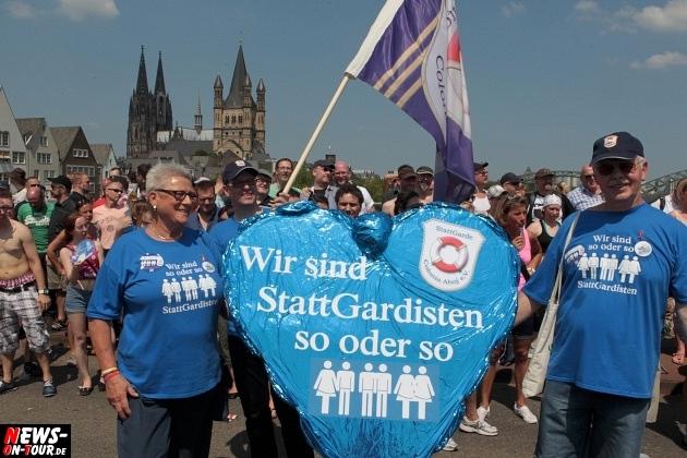 csd-2013_colognepride_koeln_deutzer-bruecke_ntoi_klust_gay_lesbian_parade_66