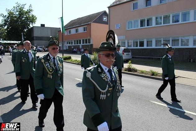 marienheide_schuetzenfest_ntoi_festzug-durch-den-ort-13