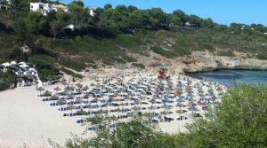 Deutsche fliegen in den Sommerferien am liebsten auf die Balearen und in die Türkei! 410.000 Urlauber wurden befragt