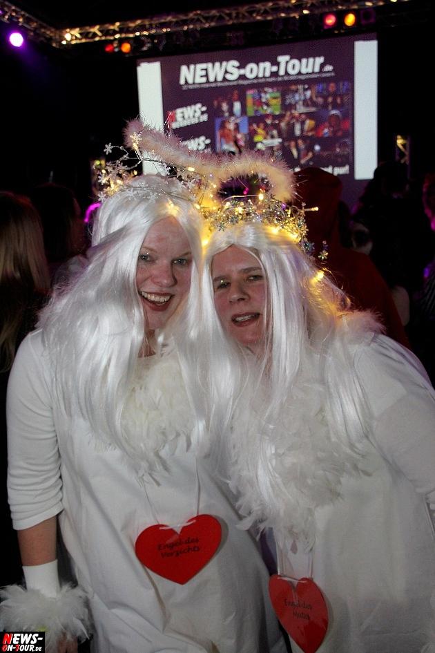 karneval-in-gummersbach_ntoi_weiberfastnacht_2014_halle32_29.jpg
