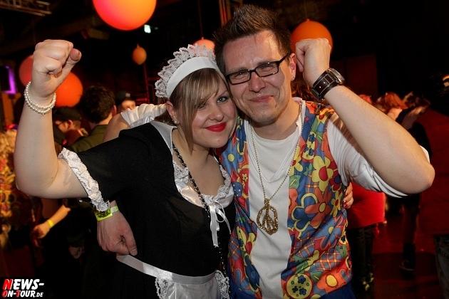 karneval-in-gummersbach_ntoi_weiberfastnacht_2014_halle32_32.jpg