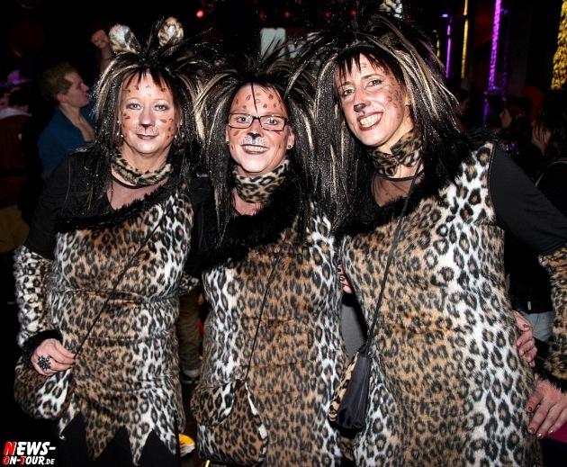 karneval-in-gummersbach_ntoi_weiberfastnacht_2014_halle32_35.jpg