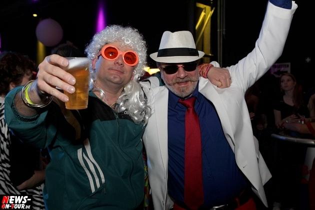 karneval-in-gummersbach_ntoi_weiberfastnacht_2014_halle32_37.jpg