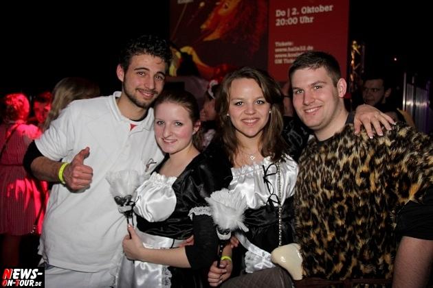 karneval-in-gummersbach_ntoi_weiberfastnacht_2014_halle32_55.jpg