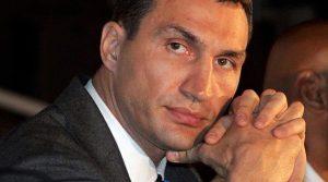 Wladimir Klitschko verletzt! Muskelfaserriss im Bizeps. WM-Titelverteidigung gegen Kubrat Pulev wird verschoben