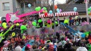 Bielsteiner Karnevalszug 2014/Rosenmontag: Atemlos in Bielstein! Rekordzug mit über 850 Zugteilnehmern und Tausenden Jecke | + HD Video