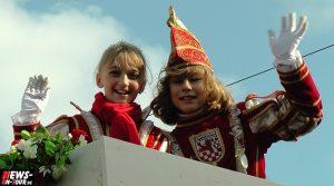 Alaaf, Helau und Kamelle! Schönes Wetter beim Engelskirchener Kinderkarnevalszug am Rosensonntag | + 4x HD Videos