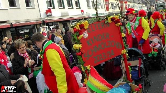 rosensonntag_engelskirchen_ntoi_karnevalszug_2014_11.jpg