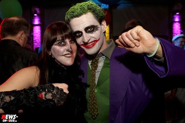 ue-30-karnevalsparty_halle32_2014_03_01_ntoi_10.jpg