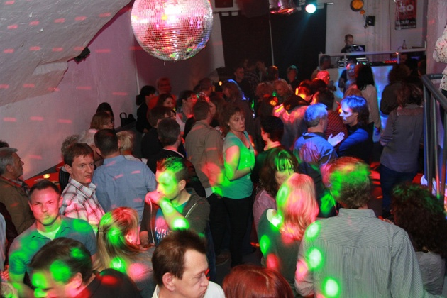 apricot-ueber-30-party_2014-04-12_06