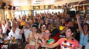 Public Viewing Gummersbach: Fussball WM 2014 (Brasilien)| Fanmeile Brückenstrasse  (Stadt Terrassen /B1)
