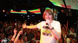 805.214 YouTube Zuschauer in nur 3 Monaten! Mickie Krause: Geh mal Bier holen | RIU Palace