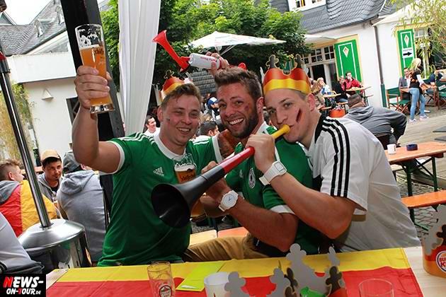 fussball-wm2014_autocorso_fan-emotions_ntoi_ger-por_gummersbach_oberberg_03