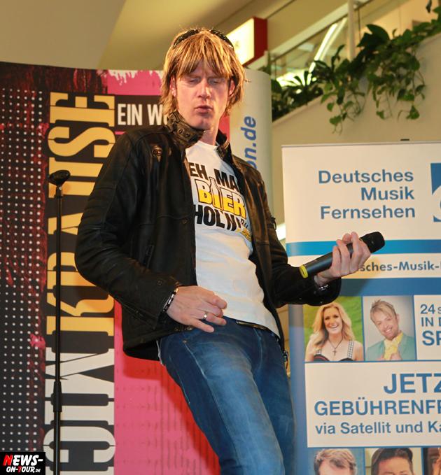 mickie-krause_geh-mal-bier-holen_ntoi_gummersbach_07