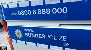 Unglaublich! Schleuser behandeln Kinder wie Gepäck | Bundespolizei verhaftet mutmaßlichen Dänischen Schleuser