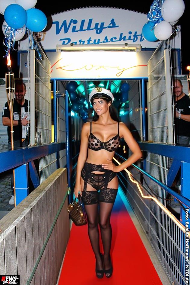 willis-partyschiff_2014_08-28_rhein-roxy_ntoi_01