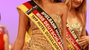 Miss Deutschland 2014: Die schöne Egzonita Ala (17) angehende Zahnmedizinische Fachangestellte aus Stuttgart  setzte sich durch