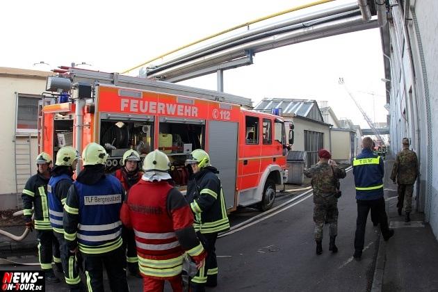 metalsa_bergneustadt_ntoi_giftgas_grosseinsatz_feuerwehr_50