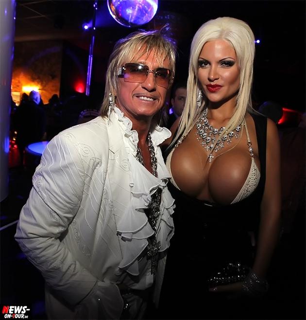brüste lecken fkk sauna club hamburg