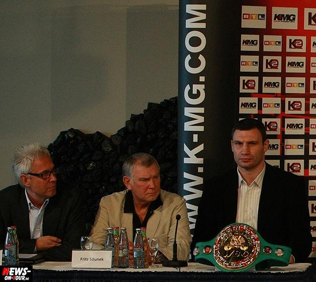 fritz-sdunkek_ntoi_klitschko-trainer_boxen-tot__kmg_04