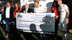 Sparhandy Cup 2015 | Volles Haus und 120.000 Euro an Spenden gesammelt | 20x HD-Videos online | Schwalbe Arena Gummersbach