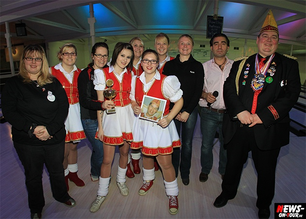 tollitaeen-bowlen-premiere_ntoi_bowling-center-oberberg_27