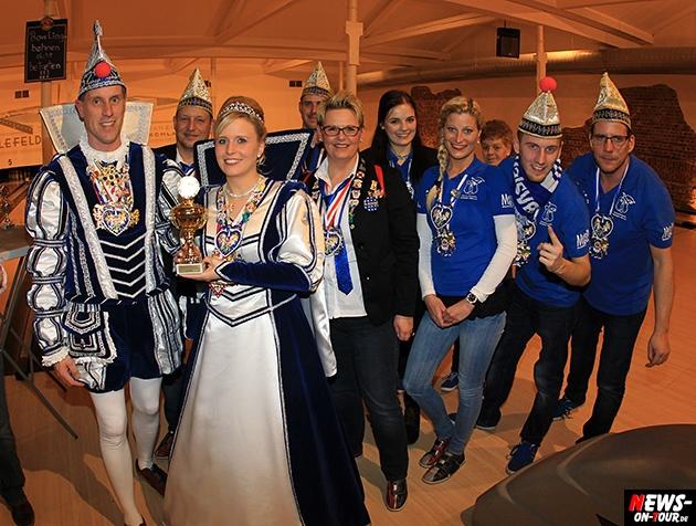 tollitaeen-bowlen-premiere_ntoi_bowling-center-oberberg_29